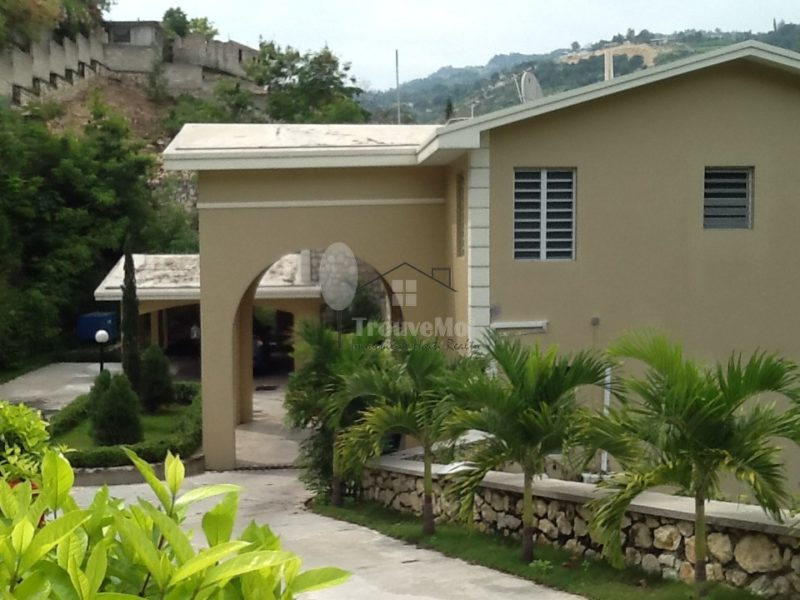 House For Sale In Morne Calvaire Trouvemoi Immobilier